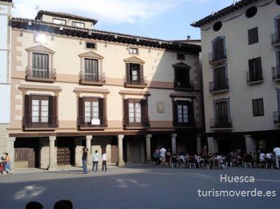 TURISMO VERDE HUESCA. Palacio de los Bardaxi en Graus.